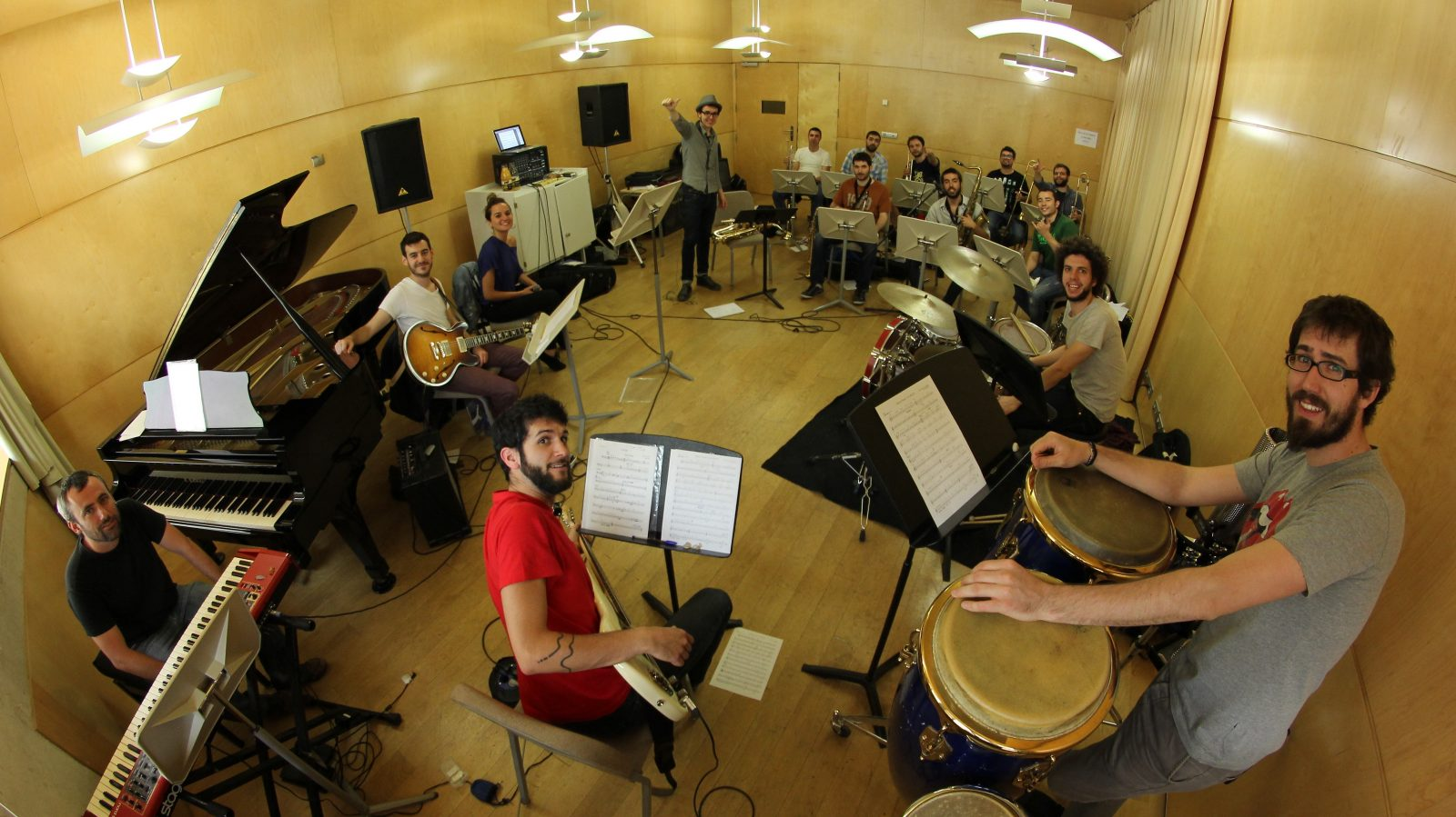 The Gramophone Allstars es converteix en Big Band